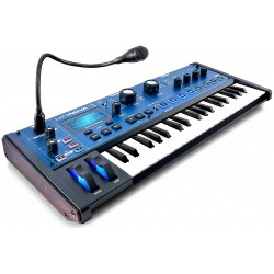 NOVATION MiniNova 37-tangenter Synthesizer / vocoder Angled
