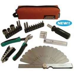 Cruz Tools GrooveTech Stagehand Compact Tech Kit